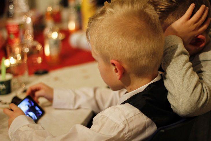 Родителям на заметку. Как дети обходят ограничения в смартфонах «Apple»