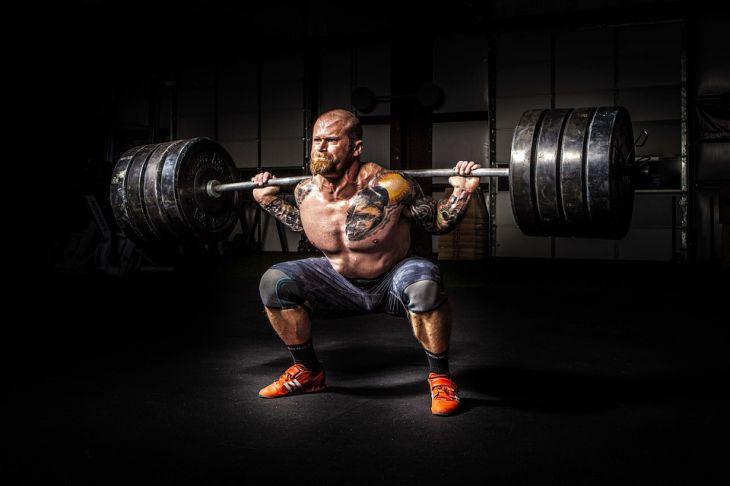 Ученые рассказали, что мускулы защищают мужчин от инфаркта и инсульта
