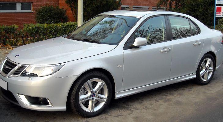 автомобиль Saab
