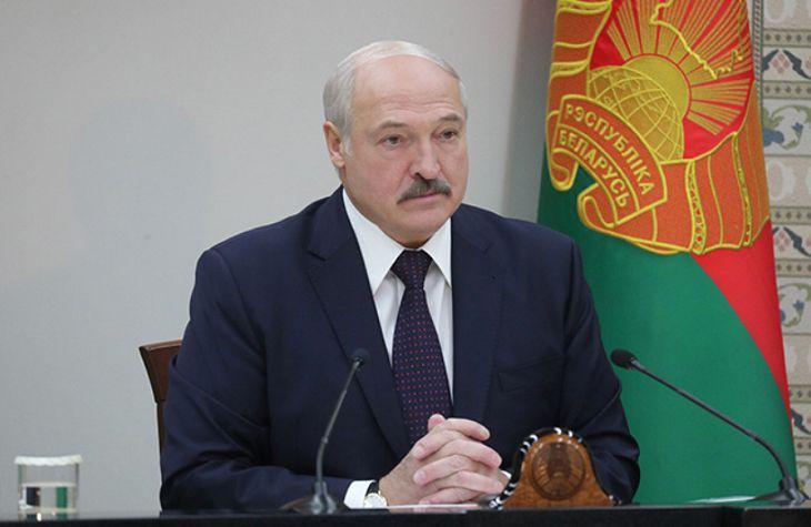 Лукашенко освободил от должности начальника Генштаба
