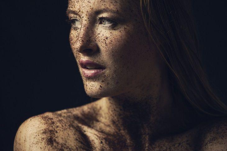 Ученые определили, какая часть женской груди больше привлекает взгляд