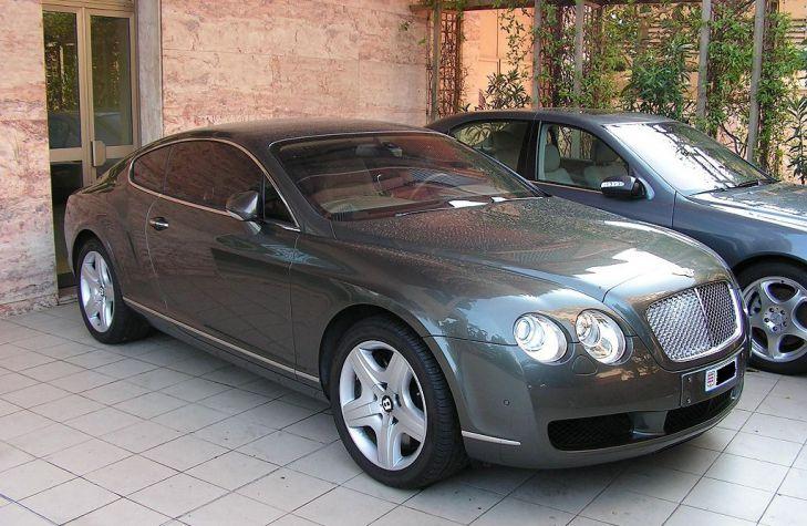 автомобиль Bentley