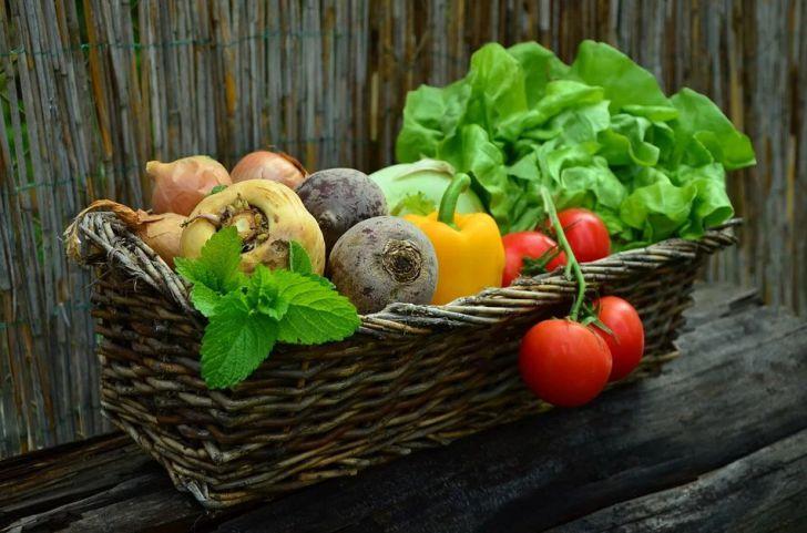 Назван овощ, способный восстановить даже легкие курильщика