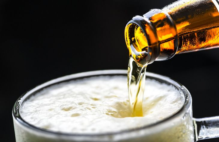 «Синдром автопивоварни»: организм мужчины 8 лет сам вырабатывал алкоголь
